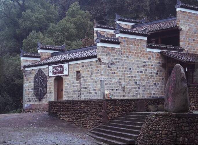 """中国最神奇的""""无蚊村"""" 依山傍水却没有蚊子 为什么?"""