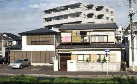 为什么日本穷人住独栋,有钱人住公寓?